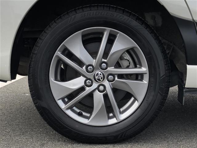 G クエロ 4WD トヨタセーフティセンス プリクラッシュセーフティシステム(PCS) レーンディパーチャーアラート(LDA) オートマチックハイビーム(AHB) 純正メモリナビ(NSZT-W66T)(11枚目)