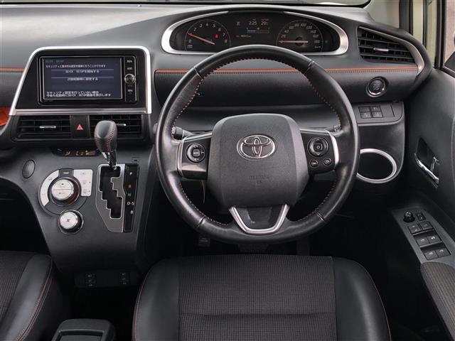 G クエロ 4WD トヨタセーフティセンス プリクラッシュセーフティシステム(PCS) レーンディパーチャーアラート(LDA) オートマチックハイビーム(AHB) 純正メモリナビ(NSZT-W66T)(20枚目)