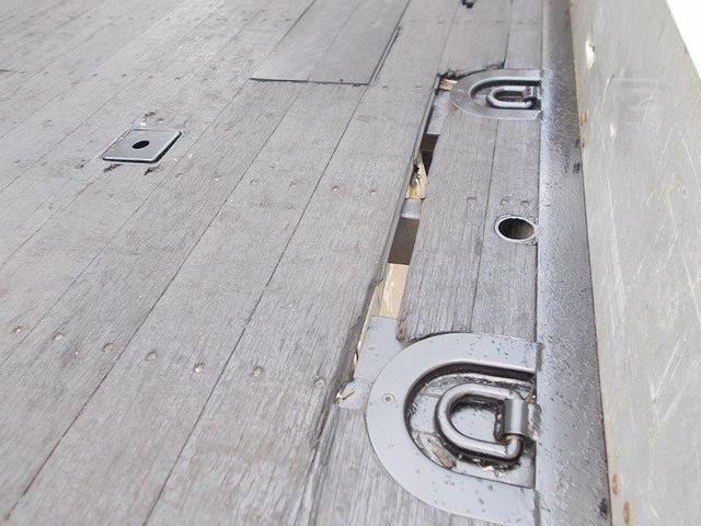 「その他」「クオン」「トラック」「千葉県」の中古車33