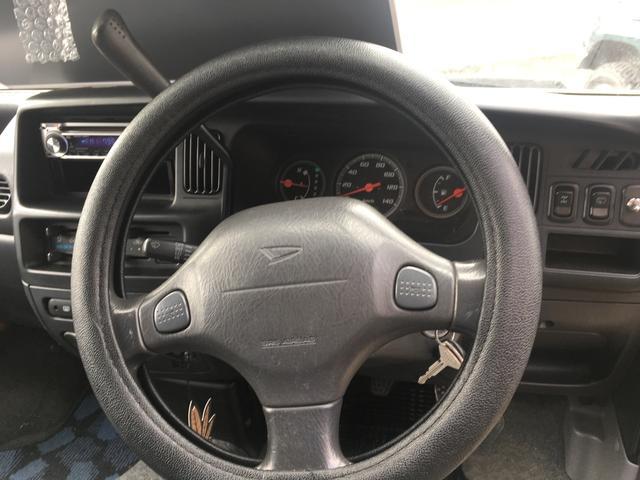 ダイハツ ハイゼットカーゴ 基本装備 4WD CD