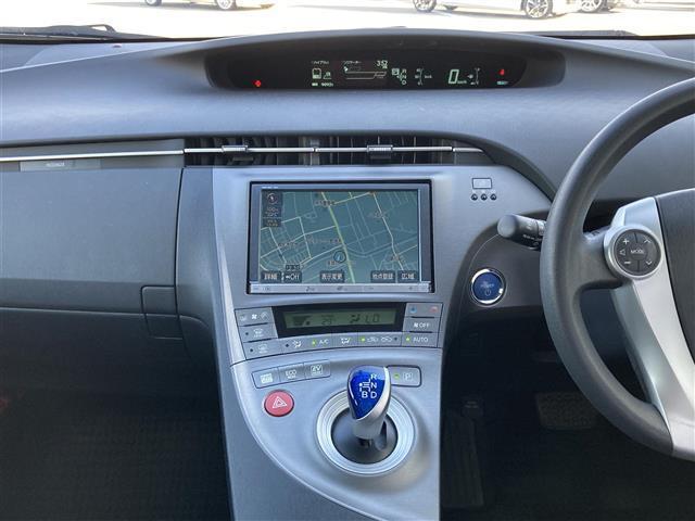 S 純正8インチナビ(CD/DVD/フルセグTV/Bluetooth)/バックカメラ/ETC/シートカバー/HIDヘッドライト/オートライト/プッシュスタート/ステアリングスイッチ/純正フロアマット(16枚目)