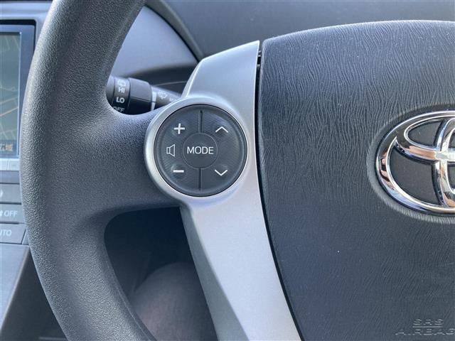 S 純正8インチナビ(CD/DVD/フルセグTV/Bluetooth)/バックカメラ/ETC/シートカバー/HIDヘッドライト/オートライト/プッシュスタート/ステアリングスイッチ/純正フロアマット(17枚目)