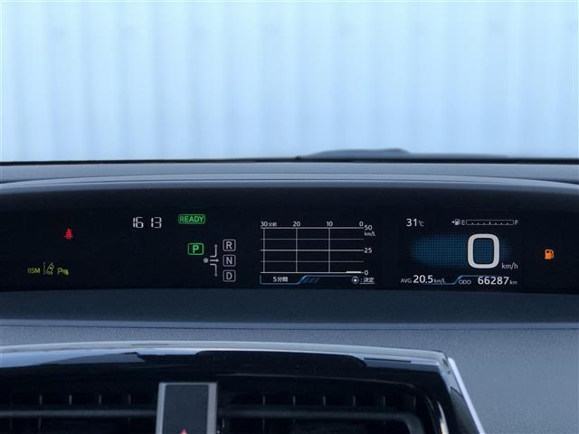 A 純正9インチナビ(CD/DVD/フルセグTV/Bluetooth)/バックカメラ/ETC/ヘッドアップディスプレイ/衝突被害軽減ブレーキ/車線逸脱警報装置(操舵支援機能付き)/レーダークルコン(23枚目)