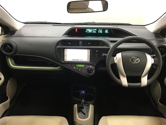 トヨタ アクア S メモリーナビ ETC ワンセグ キーレス CDオーディオ