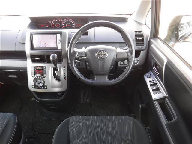 トヨタ ヴォクシー ZS 煌II 両側パワスラ ワンオーナー HDDナビ ETC