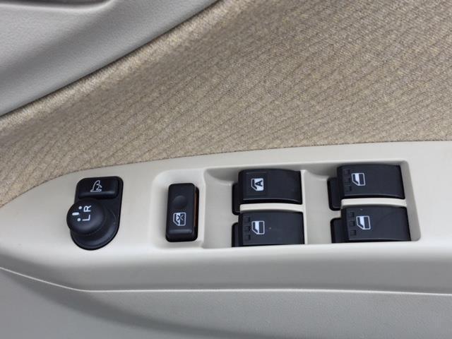 ダイハツ ムーヴ L 4WD アルミホイール インパネシフト ドアバイザー