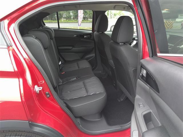 G 4WD 登録済未使用車 サンルーフ クルコン iストップ(13枚目)