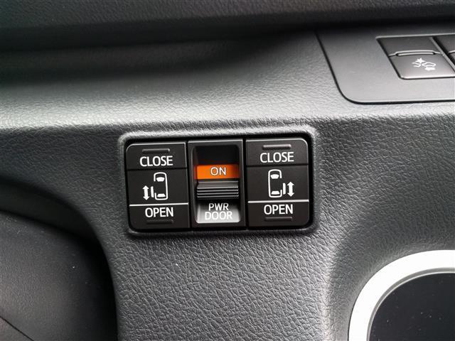 トヨタ シエンタ G クエロ 登録済未使用車 寒冷地 パワスラ 4WD