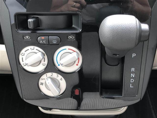 S 4WD D席シートヒーター アイドリングストップ(4枚目)