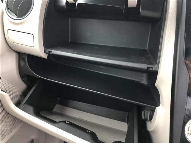 S 4WD D席シートヒーター アイドリングストップ(14枚目)