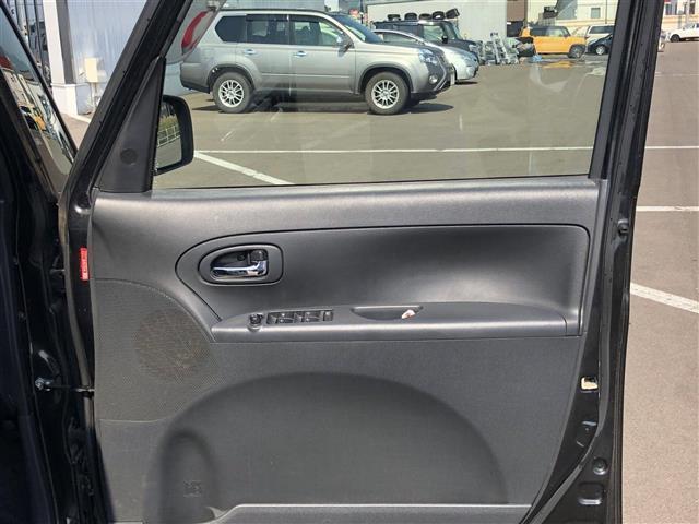 カスタム X 4WD メモリナビ 片側パワスラ HIDライト(18枚目)