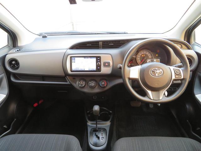 トヨタ ヴィッツ F セーフティー・サポートカー 当社元社用車・SDナビ