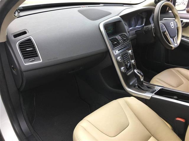 「ボルボ」「ボルボ XC60」「SUV・クロカン」「愛知県」の中古車20