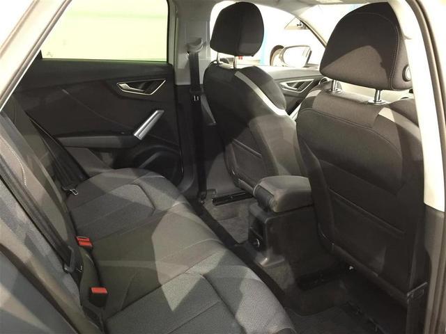 「アウディ」「アウディ Q2」「SUV・クロカン」「静岡県」の中古車31