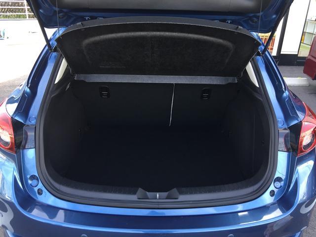 荷席は広々としており大きな荷物もたくさん積むことが可能です!
