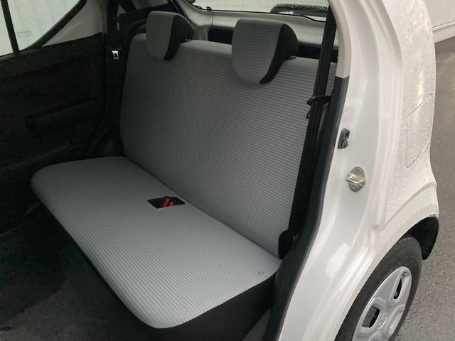 S 衝突被害軽減 横滑り防止装置 メモリナビ アイドリングストップ ETC 運転席シートヒーター ヘッドライトレベライザー リモコンキー 電動格納ミラー パワーウインドウ ISOFIX バニティミラー(26枚目)