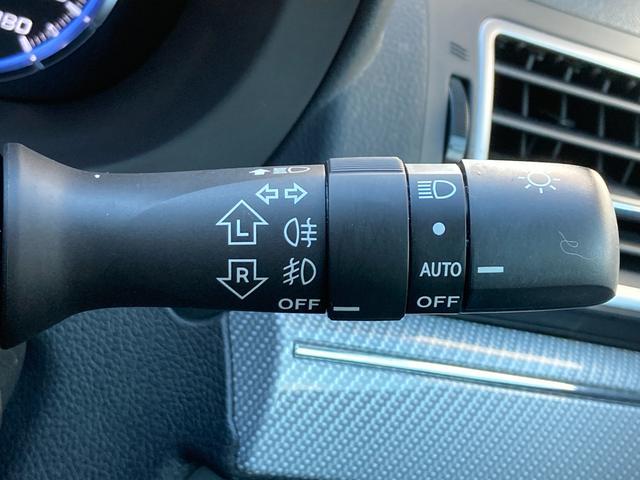 ◆AUTOライト◆暗い場所を運転中は自動でライトがつきます!