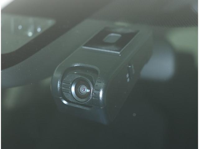 ☆万が一車両事故が起きたときにもドライブレコーダーの記録があると便利です。