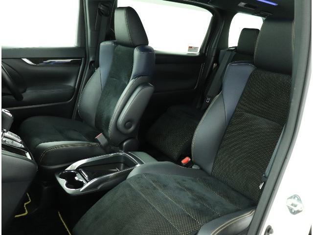 ☆運転席、助手席の写真です。この広さ、質感、使いやすさがこの上ないひとときをもららします!