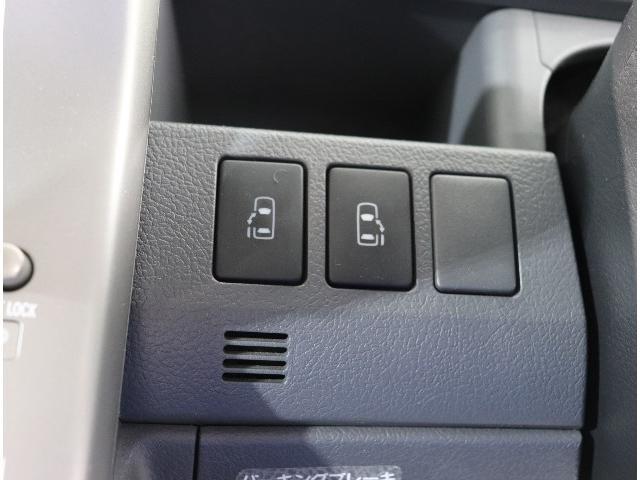 トヨタ ヴォクシー Z HDDナビ・ワンセグ・バックモニター・ETC・両電動ドア