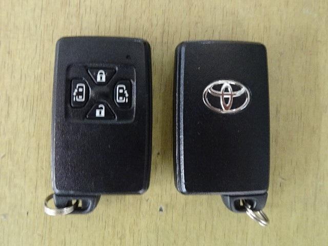 G 7人乗り Bluetooth対応HDDナビ&後席モニター(18枚目)