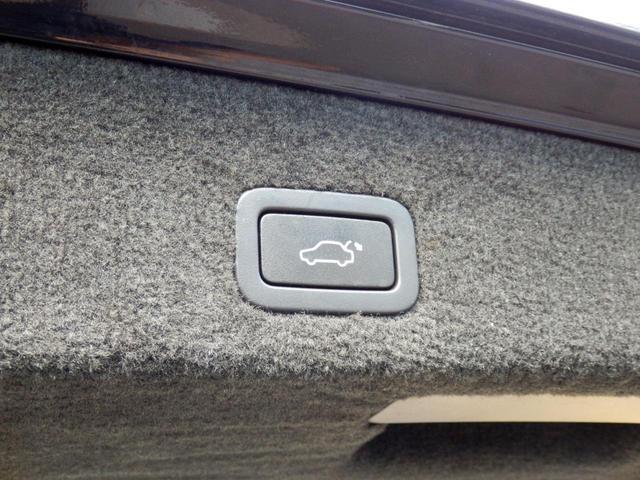 3.2SE AWD 1オーナー 黒革 ルーフBOX キセノン(19枚目)