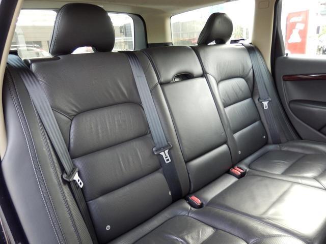 3.2SE AWD 1オーナー 黒革 ルーフBOX キセノン(22枚目)