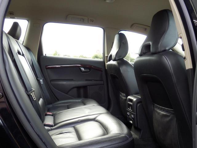 3.2SE AWD 1オーナー 黒革 ルーフBOX キセノン(24枚目)
