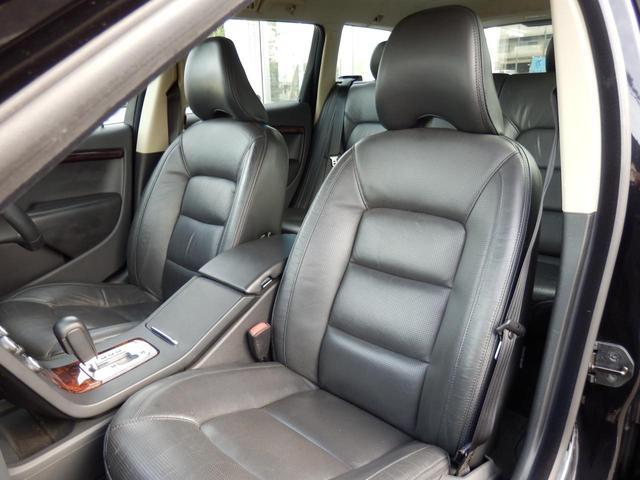 3.2SE AWD 1オーナー 黒革 ルーフBOX キセノン(26枚目)