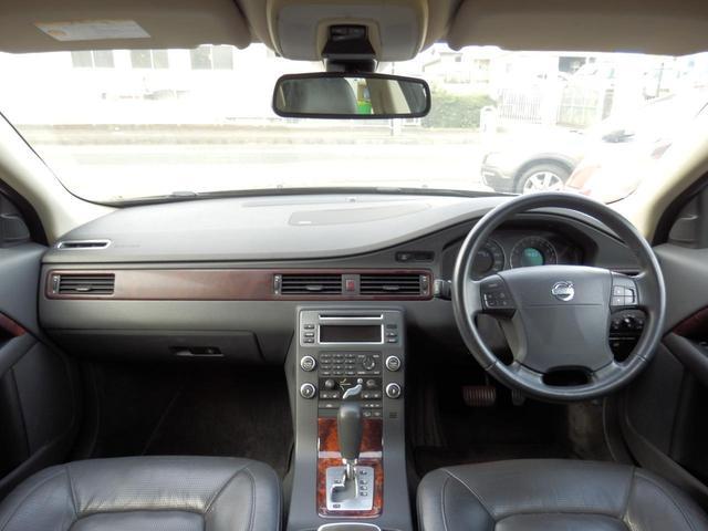 3.2SE AWD 1オーナー 黒革 ルーフBOX キセノン(28枚目)