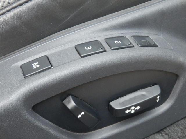 3.2SE AWD 1オーナー 黒革 ルーフBOX キセノン(32枚目)