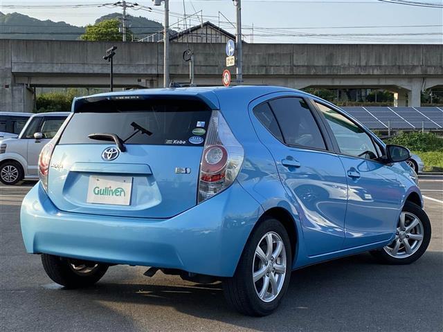 「トヨタ」「アクア」「コンパクトカー」「佐賀県」の中古車13