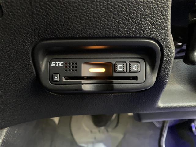 ハイブリッドRS・ホンダセンシング 1オーナー・純正ナビ・CD/DVD/Bluetooth・フルセグTV・Bカメ・ETC・衝突軽減・車線逸脱・クルコン・アイドリングストップ・Pスタート・オートライト・LEDヘッドライト・社外AW(10枚目)