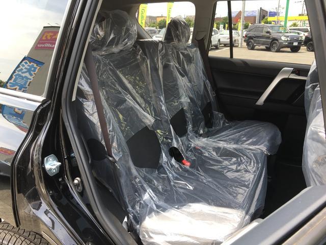 TXLパッケージ 4WD 登録済未使用車 寒冷地仕様 SR(11枚目)