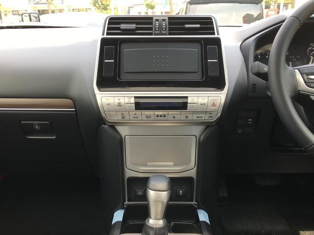 TXLパッケージ 4WD 登録済未使用車 寒冷地仕様 SR(15枚目)