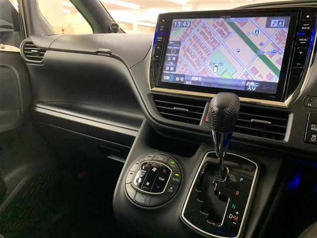 「トヨタ」「ヴォクシー」「ミニバン・ワンボックス」「北海道」の中古車4