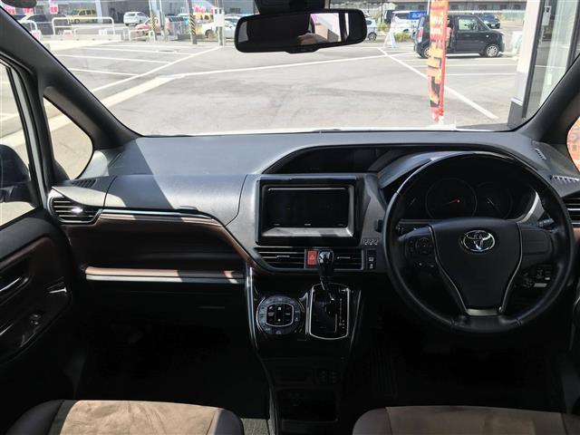 Giプレミアムパッケージ/衝突軽減/両電動ドア/クルコン(2枚目)