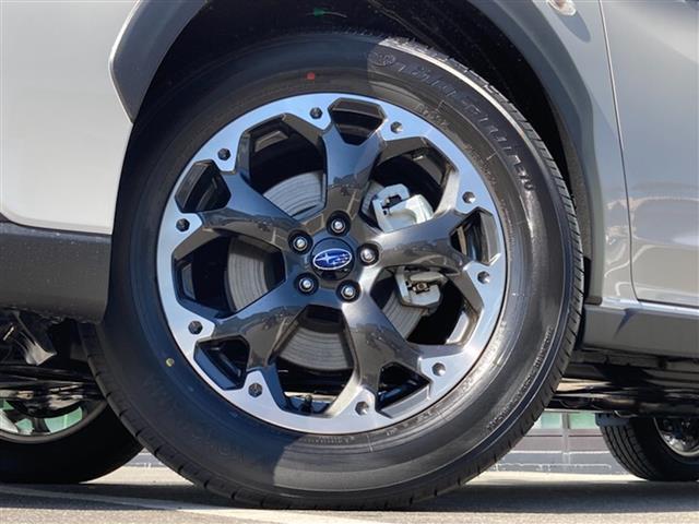 1.6i-L アイサイト 登録済未使用車 4WD 衝突軽減 ルーフレール パドルシフト レーダークルーズ サイドカメラ LEDヘッドライト レーンキープアシスト アイドリングストップ BSM 純正17AW コーナーセンサー(17枚目)