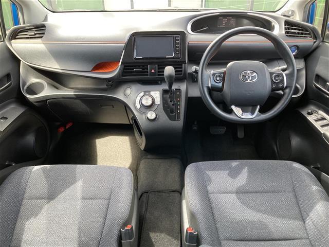 ハイブリッドX Toyota Safety Sense 衝突軽減ブレーキ 純正メモリナビ ビルトインETC スマートキー 片側パワースライドドア コーナーセンサー LEDヘッドライト アイドリングストップ(3枚目)