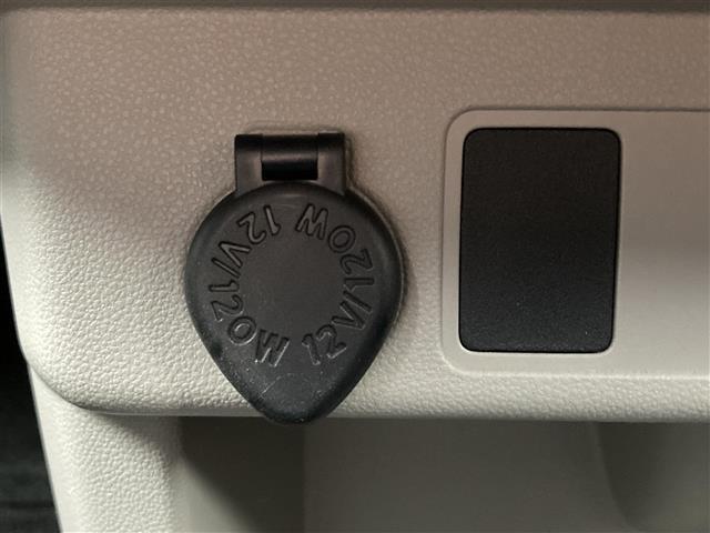 X 社外メモリナビ BlueTooth接続 バックカメラ キーレス ベンチシート アイドリングストップ ハロゲンヘッドライト ヘッドライトレベライザー 横滑り防止装置(7枚目)
