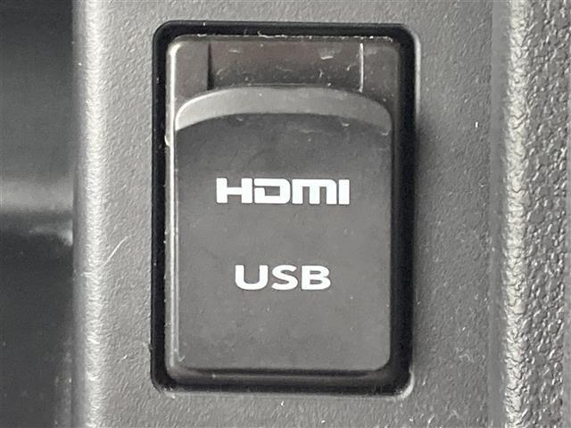 カスタムRS トップエディションSAIII 衝突軽減ブレーキ 純正9インチメモリナビ フルセグTV 全方位カメラ 両側パワースライドドア ETC スマートキー ハーフレザーシート シートヒーター ドラレコ LEDヘッドライト コーナーセンサー(6枚目)
