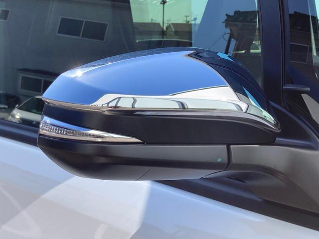 ZS 煌III 登録済未使用車 衝突軽減ブレーキ クルーズコントロール レーンキープアシスト 両側電動スライドドア ハーフレザーシート 純正LEDヘッドライト 純正16インチAW スマートキー プッシュスタート(10枚目)