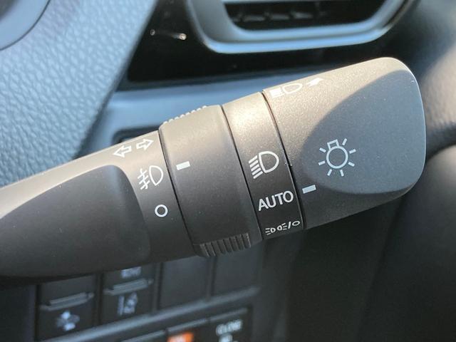 ZS 煌III 登録済未使用車 衝突軽減ブレーキ クルーズコントロール レーンキープアシスト 両側電動スライドドア ハーフレザーシート 純正LEDヘッドライト 純正16インチAW スマートキー プッシュスタート(39枚目)