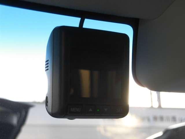 G・Lホンダセンシング 純正インターナビ【VXM-204VFi】 リヤカメラ ETC 前後ドライブレコーダー 左側電動スライドドア LEDヘッドライト フルセグ USB スマートキー(17枚目)