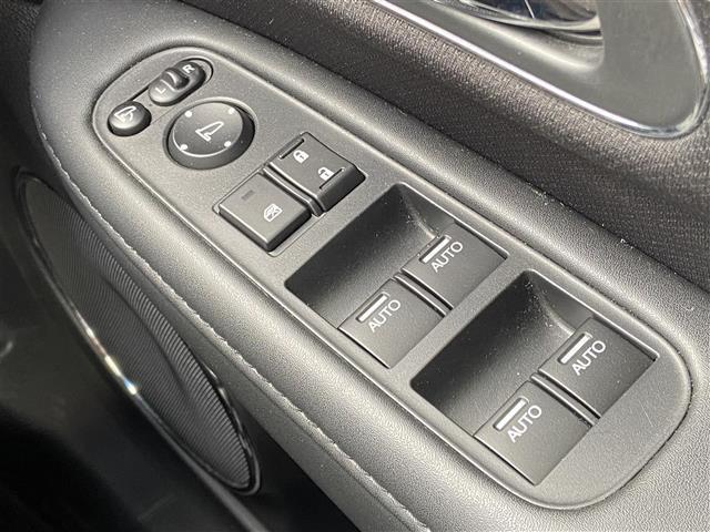 ハイブリッドZ ワンオーナー・社外SDナビ・CD/DVD/Blueooth・フルセグTV・バックカメラ・衝突軽減ブレーキ・クルーズコントロール・シートヒーター・LEDライト・オートライト・ETC・純正ホイール(15枚目)