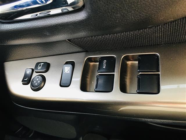 ベースグレード 社外7型ナビ AM FM CD DVD USB フルセグ Bluetoothオーディオ ミュージックサーバー 左側パワースライドドア 運転席シートヒーター ステアリングスイッチ(16枚目)