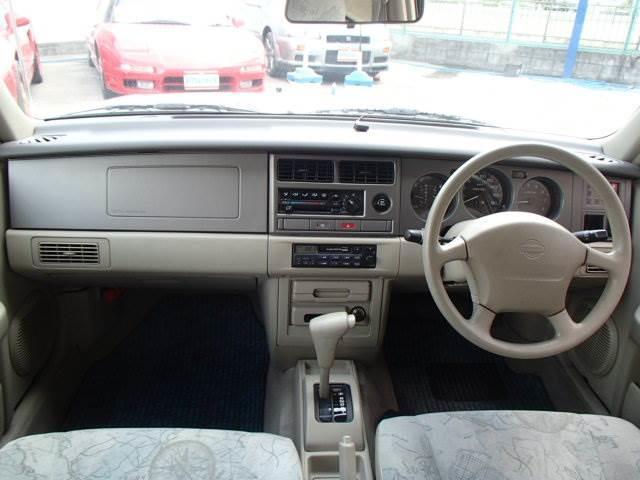 タイプA4WD走行3.3万専用オーディオ禁煙ETC背面タイヤ(2枚目)