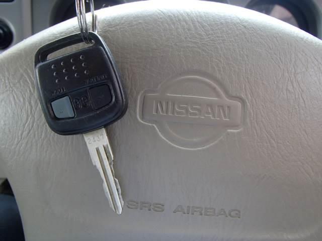 タイプA4WD走行3.3万専用オーディオ禁煙ETC背面タイヤ(13枚目)