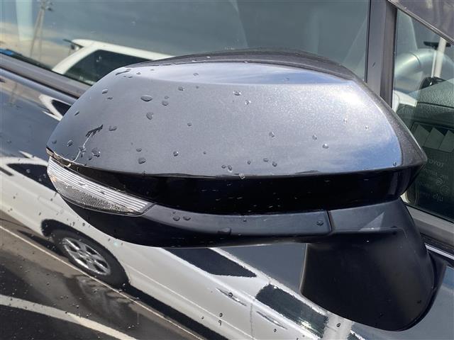 G stradaメモリナビ 両側パワスラ アイドリングストップ 衝突被害軽減システム レーンキープアシスト 横滑り防止装置 HIDヘッドライト プッシュスタート レザーステアリング ステアリングスイッチ(32枚目)