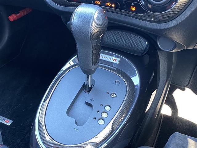 ニスモ RS 純正メモリナビ ETC ハーフレザーシート プッシュスタート 横滑り防止装置 LEDヘッドライト オートライト パドルシフト ステアリングスイッチ 電動格納ミラー ドアバイザー ウインカーミラー(16枚目)
